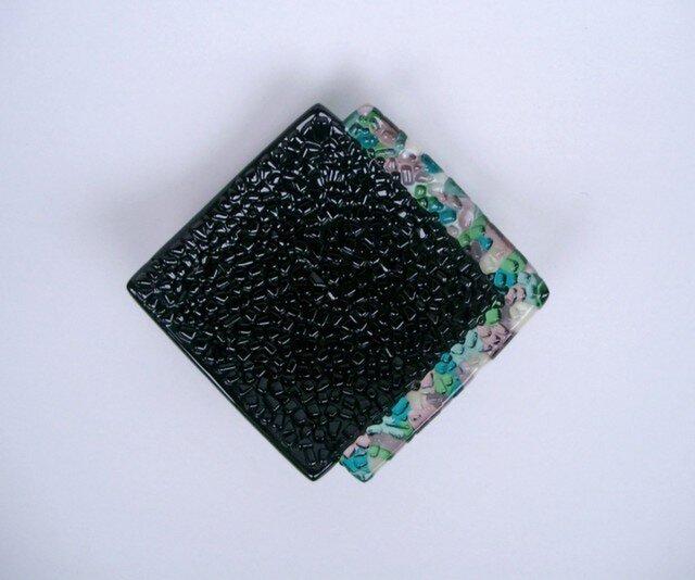 17  ガラス黒菱形皿の画像1枚目