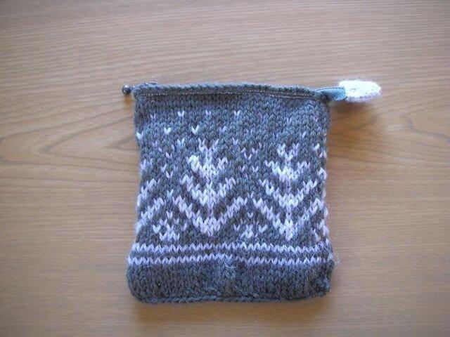 毛糸のポーチの画像1枚目
