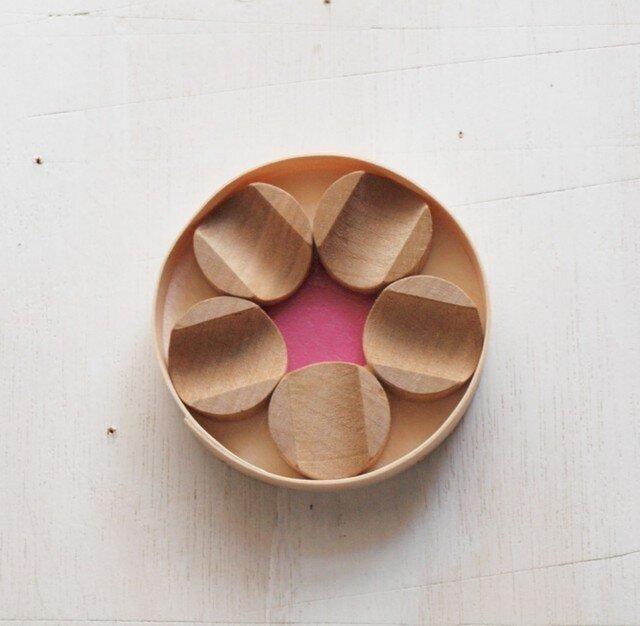 箸置き 梅花 桜材の画像1枚目