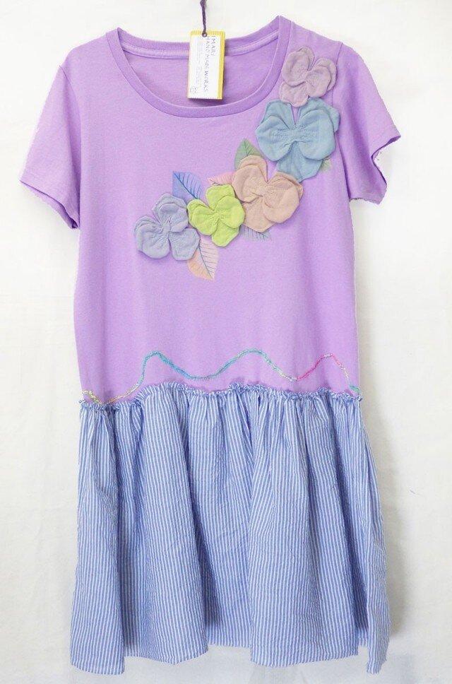描きTシャツ・パンジーとスカートの画像1枚目