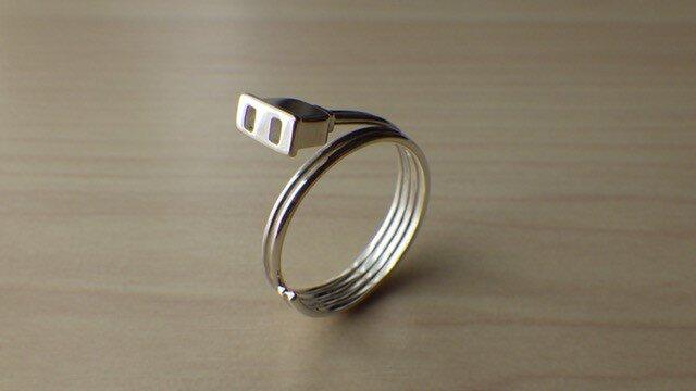 コンセントのリングの画像1枚目