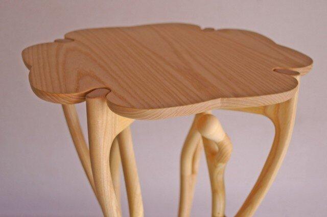 サイドテーブルの画像1枚目