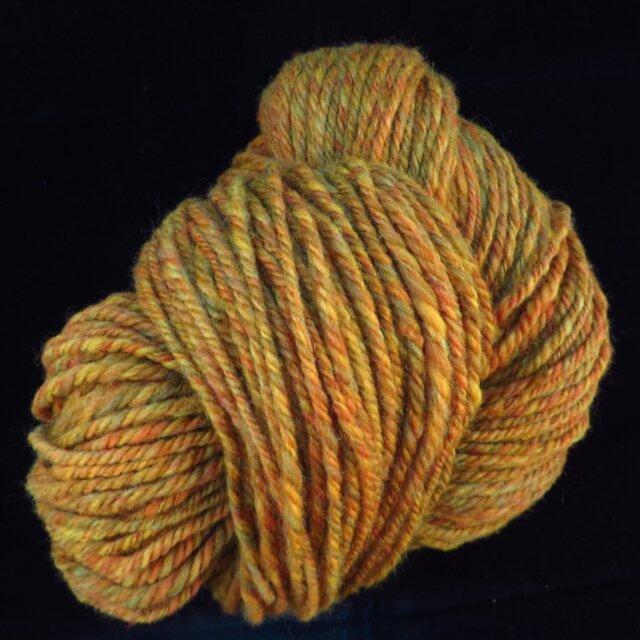手紡ぎ毛糸 染色メリノ黄色系(少なめ)の画像1枚目