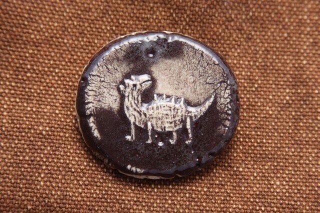 恐竜 陶製ブローチ(34)の画像1枚目