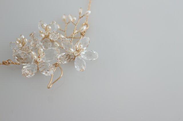 スワロの桜ブーケゴールドネックレス Brilliant Sakura 14kgfの画像1枚目