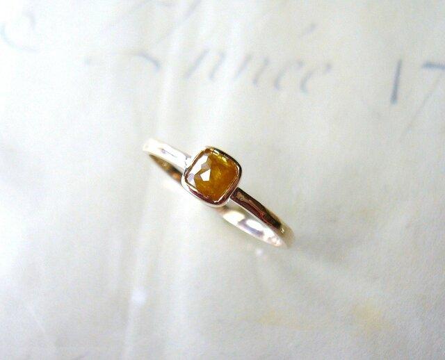 ナチュラルダイアモンドの指輪(スクエア)の画像1枚目