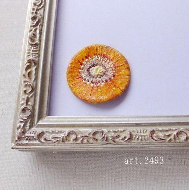 オレンジがやさしい、ガーベラの油絵ブローチの画像1枚目