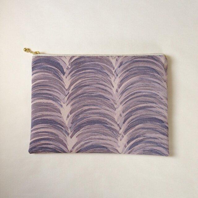 絹手染ポーチ大(15cm×21cm モクモク・紫味グレー)の画像1枚目