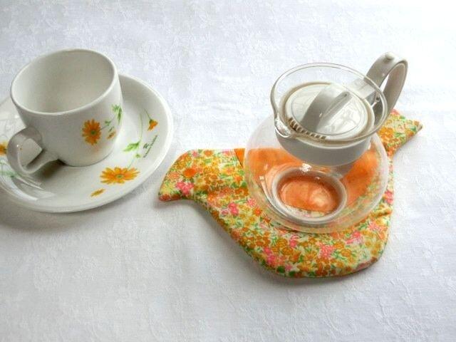 ポットマット 黄色の鳥 鍋つかみ グラタン皿 敷物にもの画像1枚目