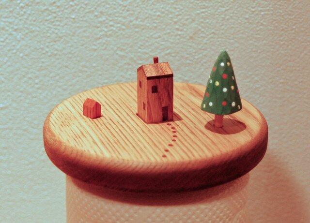 小さな家のキッチンペーパーホルダー(クリスマス限定品)の画像1枚目