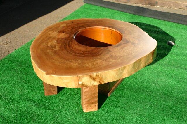 栃の木の輪切り 囲炉裏の画像1枚目