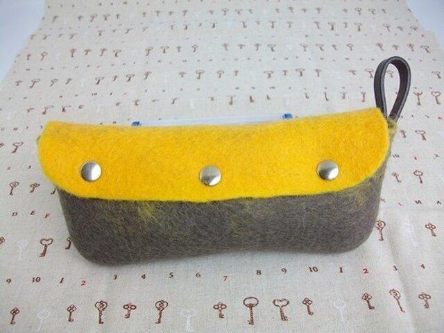 羊毛フェルト「ペン・小物ケース」の画像1枚目