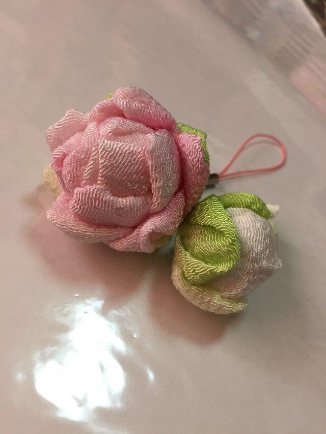 コロ薔薇のストラップ 薄ピンクの画像1枚目