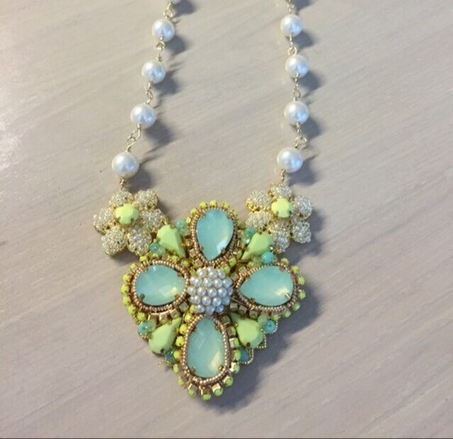 《ネックレス》レモンライムのネックレスの画像1枚目