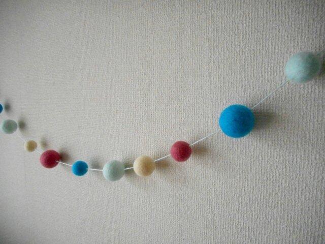 Felt ball garland 【Emily】の画像1枚目