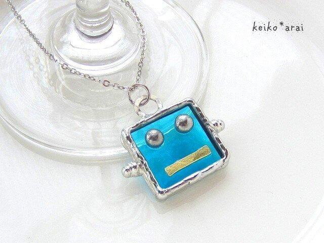 [sold]ステンドグラスネックレス・ロボットフェイス(水色)の画像1枚目