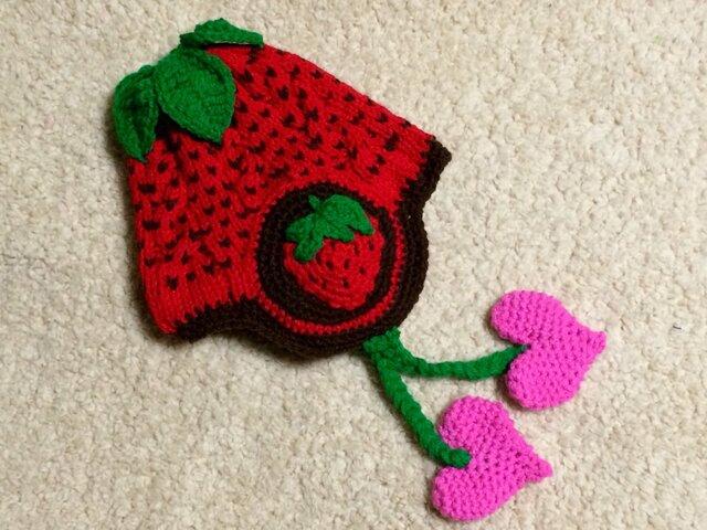 《オーダー対応》イチゴのニット帽子の画像1枚目