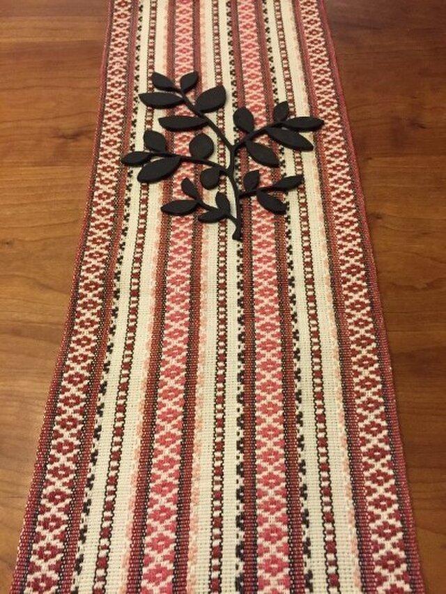 麻の手織ランナー 北欧柄 赤の画像1枚目