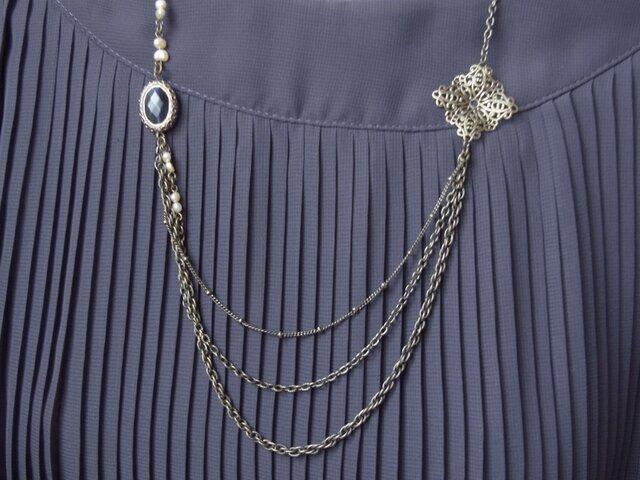 アンティーク風デザインネックレスの画像1枚目