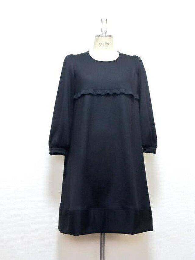 高級ウール☆胸元レース☆フレアドレスの画像1枚目