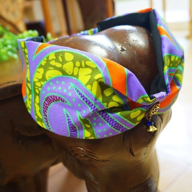 ゆらゆらビーズのオリジナルターバン/アフリカン生地ヘアバンド 薄紫の画像1枚目