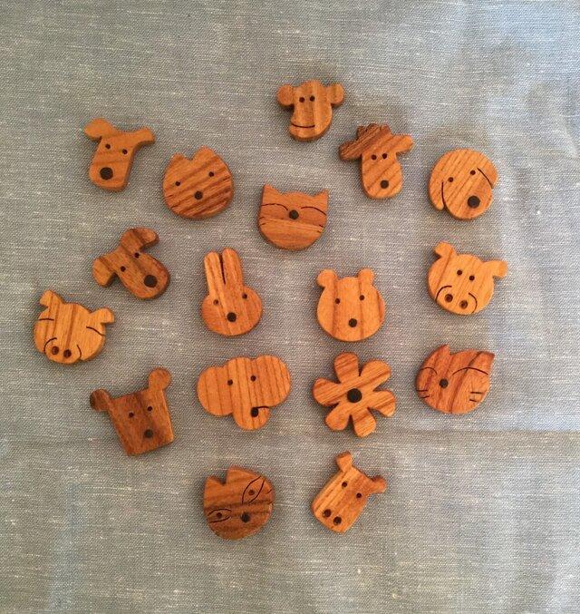 森のクマさんカフェの仲間たちブローチの画像1枚目