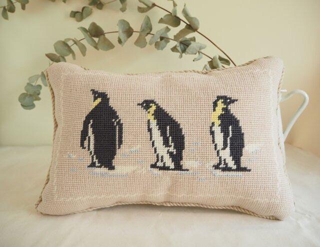 ペンギンのミニクッション 3ショット(長方形)の画像1枚目