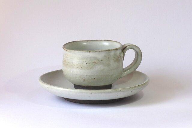 コーヒーカップ&ソーサー(アイボリー)の画像1枚目