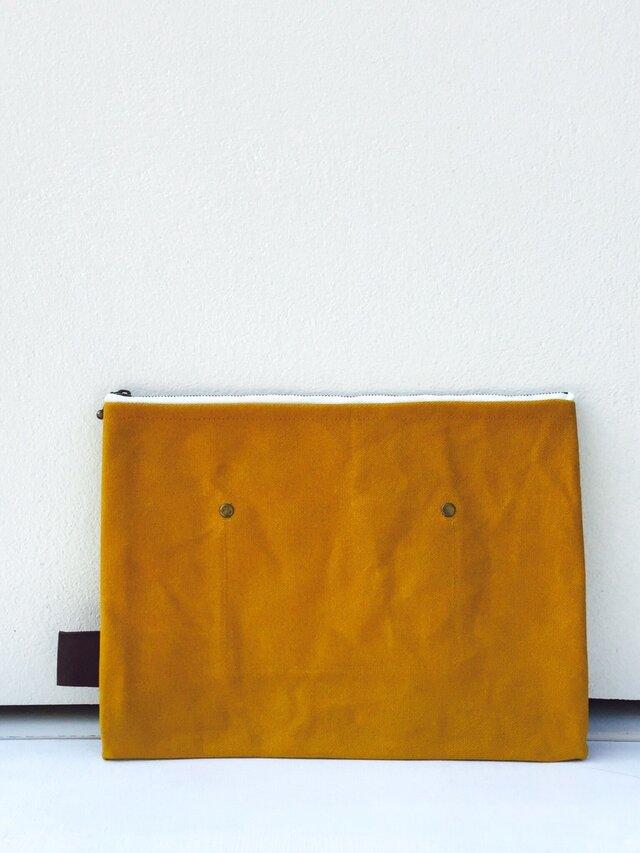 帆布×本革 ワイルドクラッチ mustardの画像1枚目