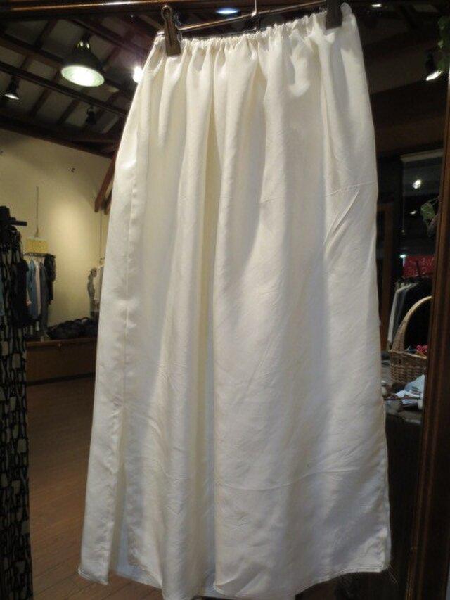 サラサラ生成りの絹織物で☆銘仙スカートに合うペチコートの画像1枚目