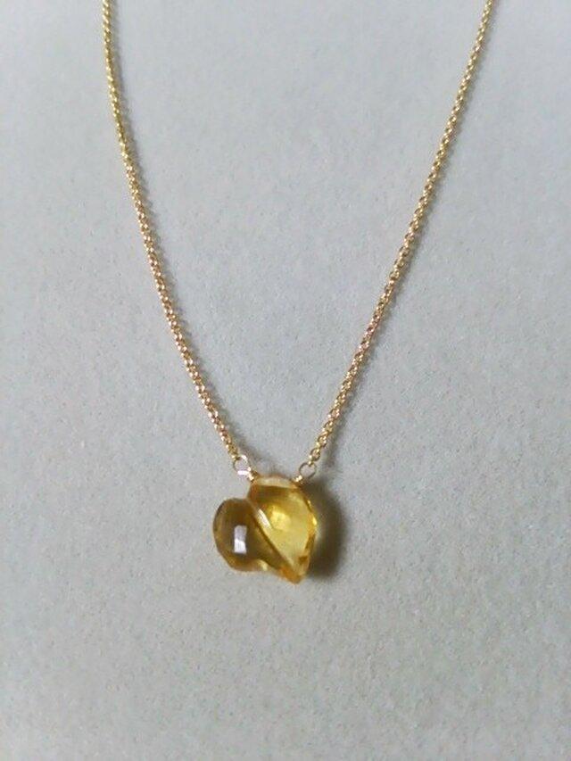 宝石質シトリンファンシーハートネックレスの画像1枚目