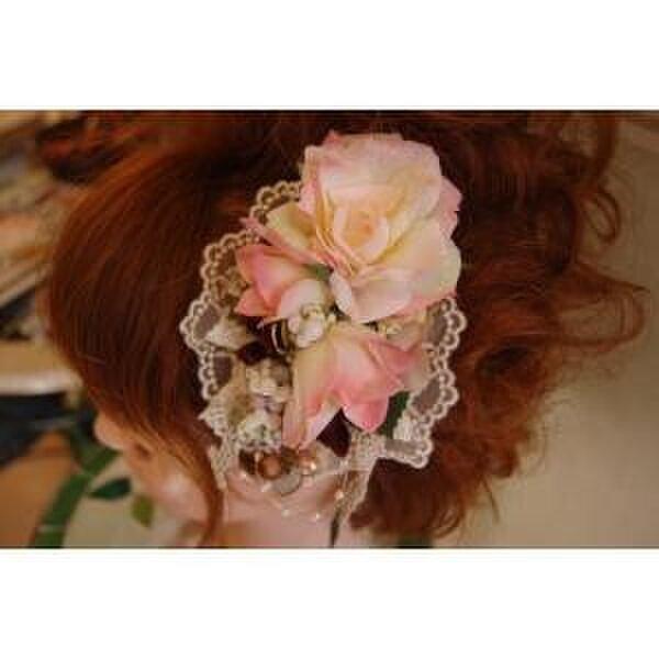 美容師が作る生花のようなリアル造花髪飾り*愛媛の雑貨屋レアマハロの画像1枚目
