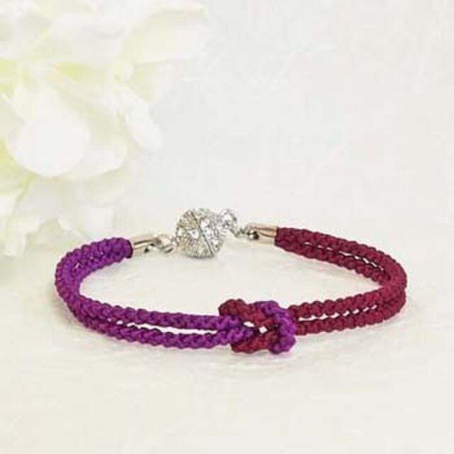 mu su fu(purple1)絹組紐ブレス キラキラマグネット留の画像1枚目