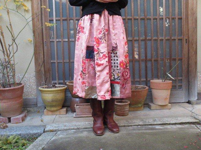 春が待ち遠しい☆オレンジ系に花いっぱいパッチリメイクスカート♪の画像1枚目