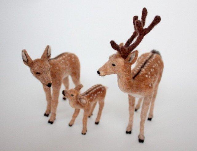 羊毛フェルト 鹿の親子の画像1枚目