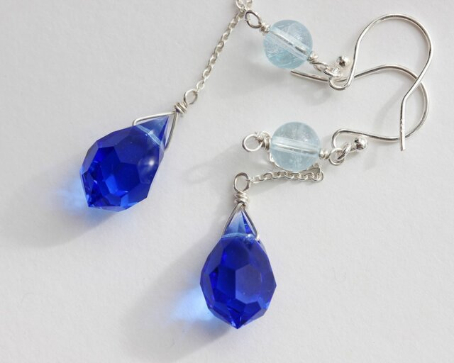 【silver925】silent blue.ブルートパーズ&チェコガラスピアスの画像1枚目