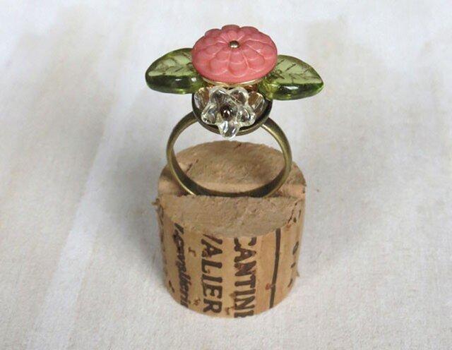 お花の指輪(ボタン)の画像1枚目