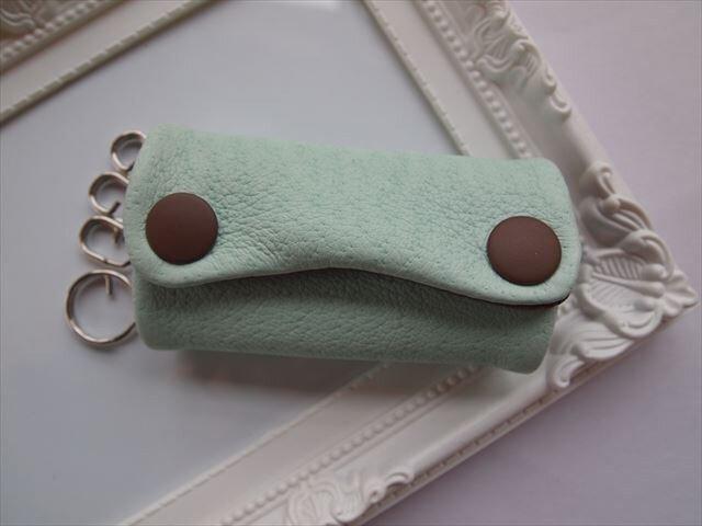 【薄青緑×こげ茶】ぶた革やわらかキーケース【受注生産】の画像1枚目