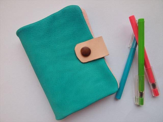 ぶた革やわらか手帳カバー 【B7】手染めレザー1536006の画像1枚目