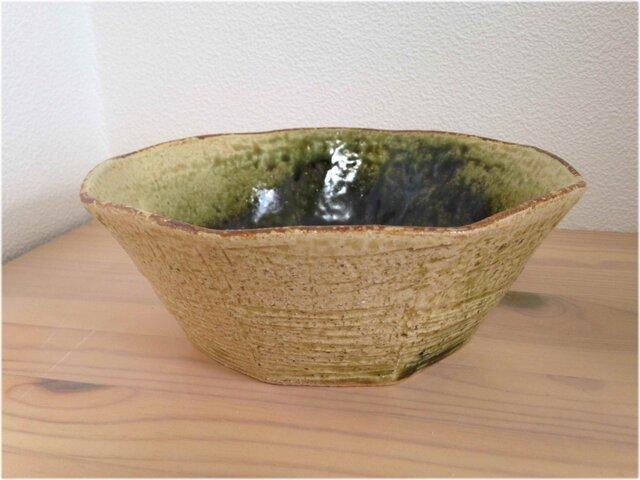織部角鉢の画像1枚目