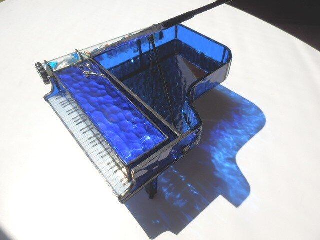 万華鏡 青の洞窟色のピアノの画像1枚目