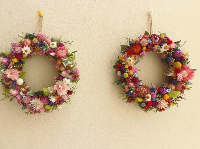 「K様オーダー 野の花リース2個」の画像1枚目