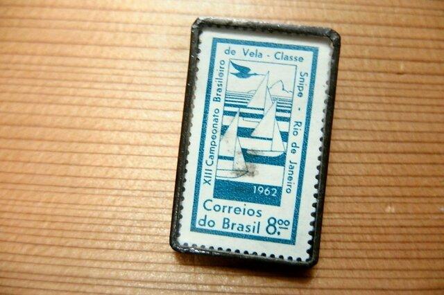 ヴィンテージ切手のブローチ - ヨットの画像1枚目
