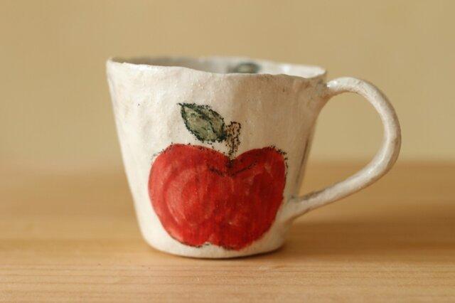 粉引き手びねりりんごカップ。の画像1枚目