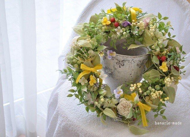 ベリーと黄色いリボン:wreathの画像1枚目
