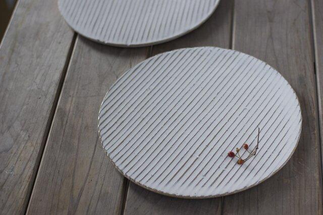 白い陶板のお皿(大)の画像1枚目