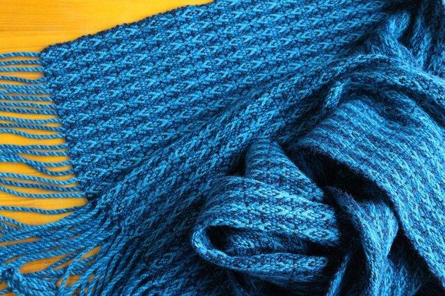 手織のストール 深縹(こきはなだ)の画像1枚目
