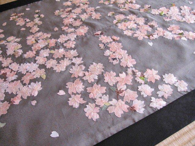 日本の春 桜タペストリー ビンテージ着物の布絵の画像1枚目