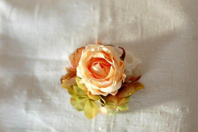ローズのコサージュ(アート・peach)の画像1枚目