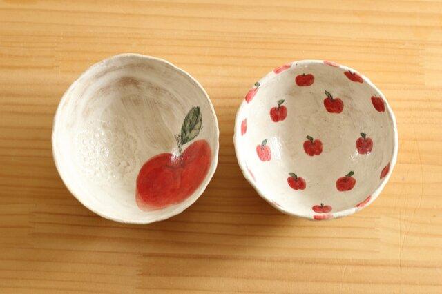 粉引き赤いりんごと、りんごいっぱいのシリアルボウル。の画像1枚目